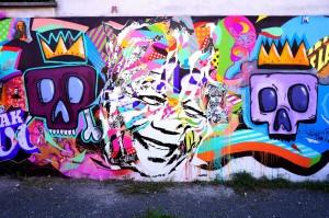 Mur de la Galerie Amarrage avec KristX, Happy Fingers, Mat Elbe, Basto, Tarek à Saint-Ouen